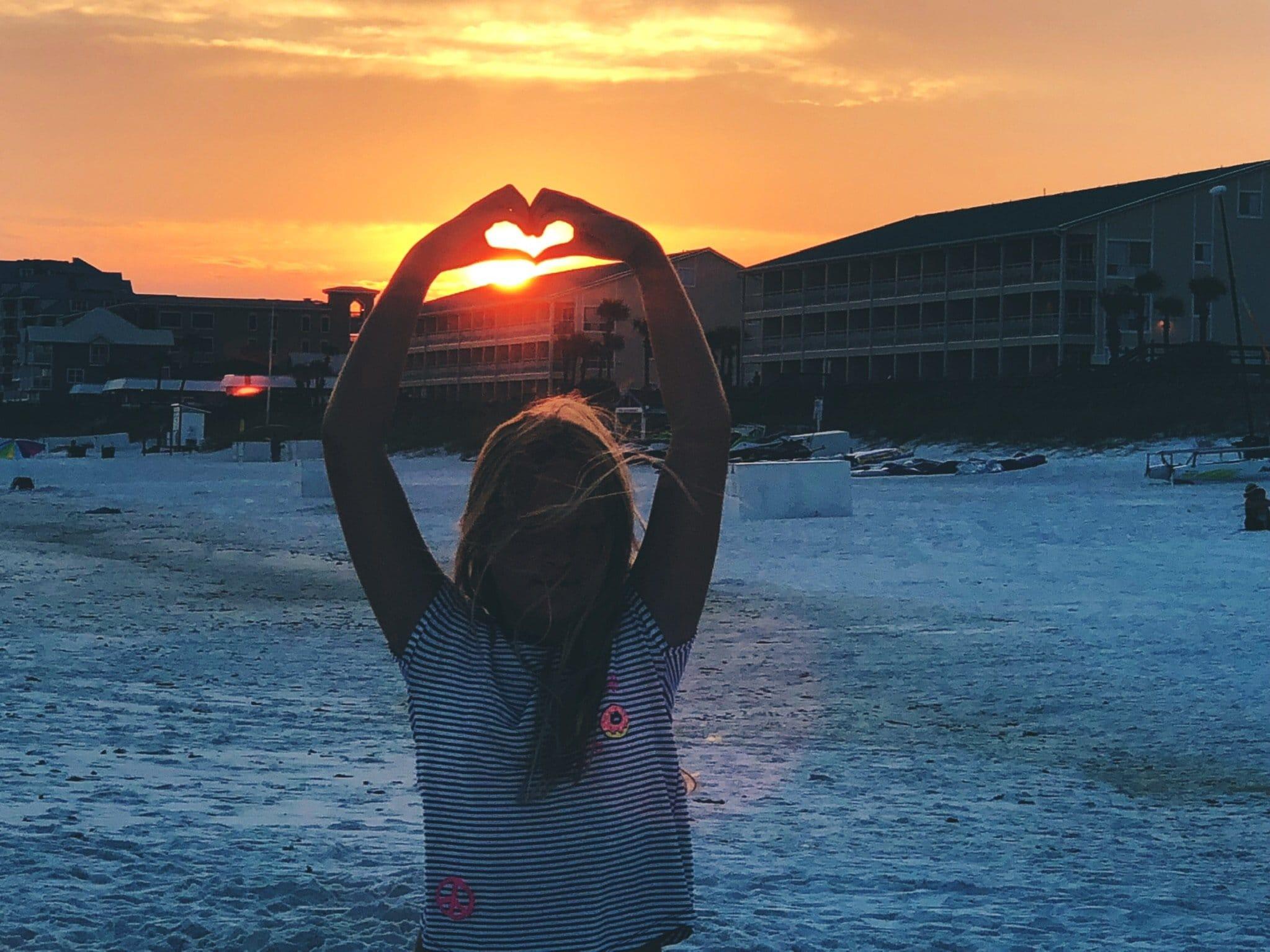 beach sun heart